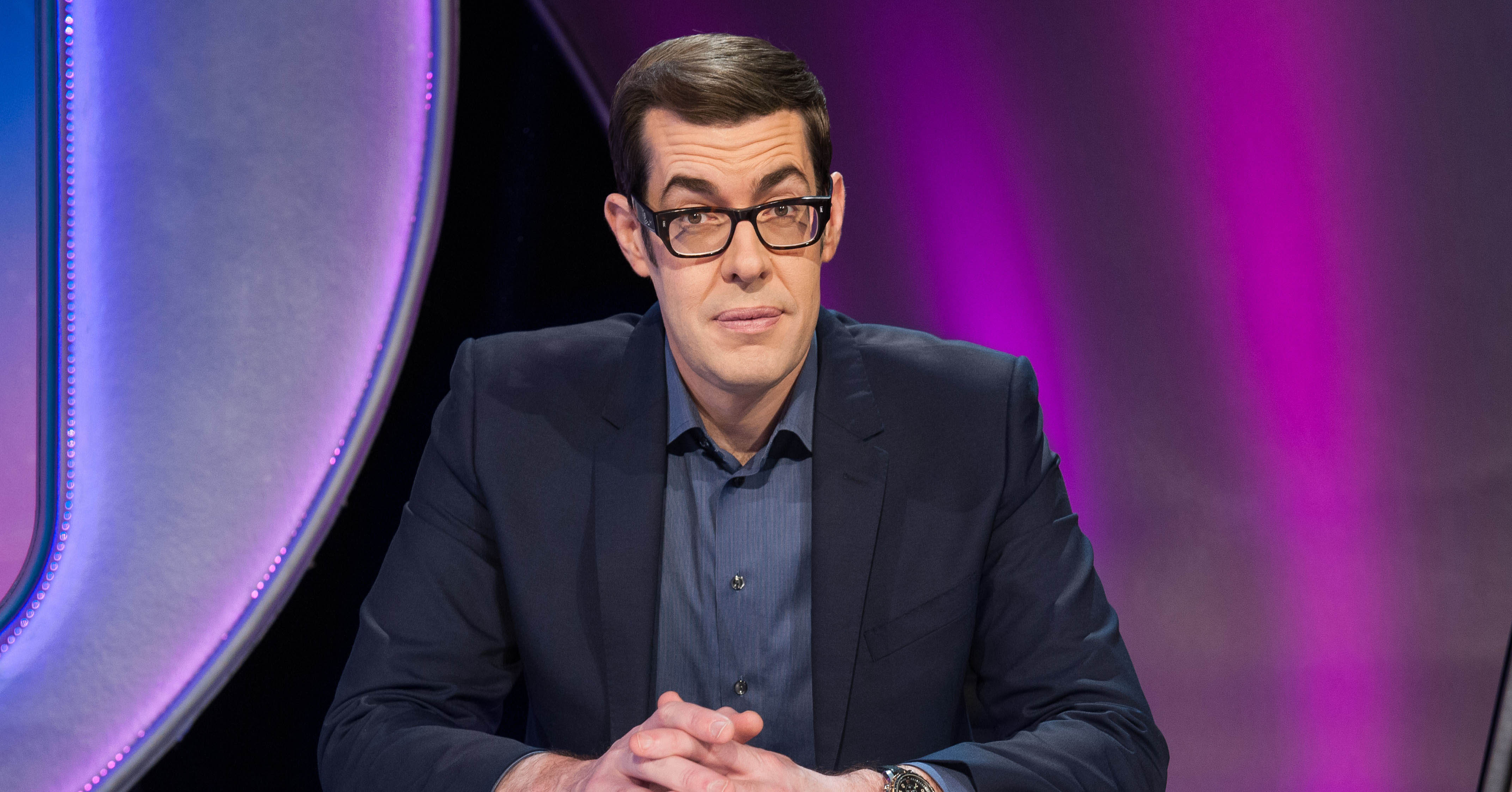 Richard Osman On Drop The Dead Donkey